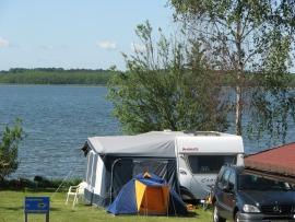campingplatz und gruppenunterkunft am schweriner see und. Black Bedroom Furniture Sets. Home Design Ideas
